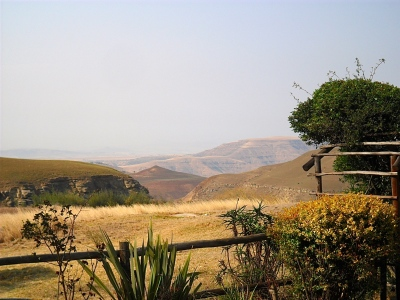 Views over Van Reenen's Pass